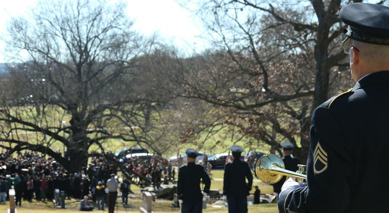 Texas will hold two unaccompanied veteran burials on Tuesday.