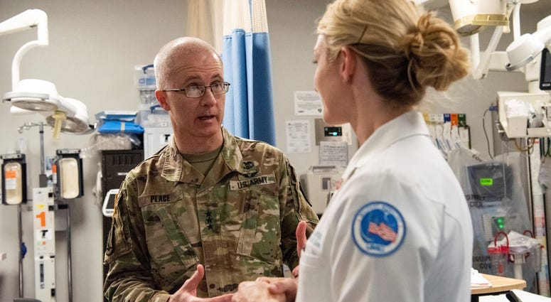 Service Leaders Urge Secdef To Stop Dha Mil Health Merge