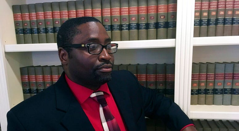 Sauntore Thomas, a black Air Force veteran tried to deposit settlement checks from a discrimination lawsuit was rejected by his suburban Detroit bank, which suspected fraud and called police.