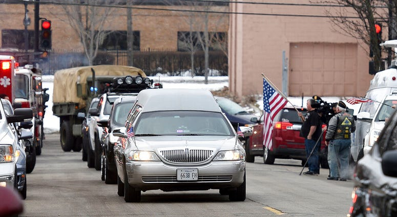 "When John James Murphy died in Elgin last month, he was an ""unclaimed veteran"" whose relatives couldn't be found or contacted to take care of his burial."