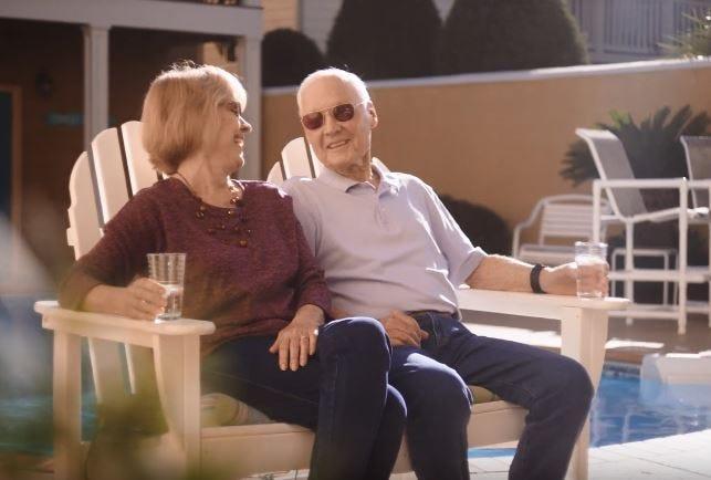 Former POW Allen Brady and his wife Diane