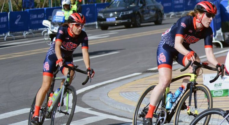 All-female cyclist team competes in China