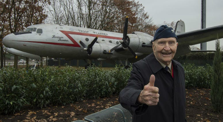 Berlin Airlift Candy Bomber has baseball field named in his honor.