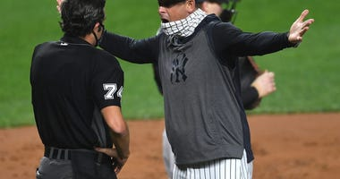 'Those are not f**king strikes!' Aaron Boone delivers epic sequel to 'savages in the box'