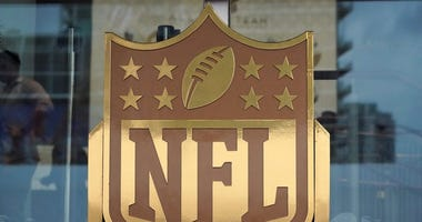 NFL proposes portion of players salaries could be held in escrow