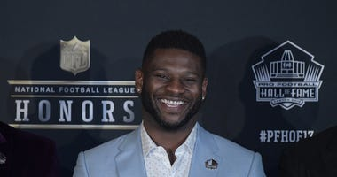 LaDainian Tomlinson on 92.9 Tues at 8:05am