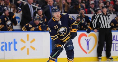 Sabres re-sign Sam Reinhart to one-year deal