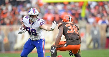 Four Bills tight ends placed on COVID list ahead of Week 7