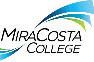 Join Alyssa from her closet this Friday, July 10, courtesy of MiraCosta College