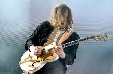 Nick Bockrath of Cage the Elephant performs