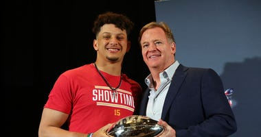 Patrick Mahomes and Roger Goodell