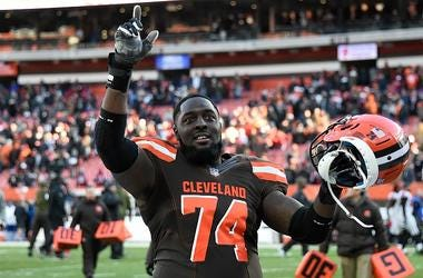 Chirs Hubbard of the Cleveland Browns