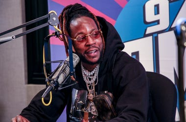 "2 Chainz Talks LeBron, Ariana Grande and ""Rap or Go to the League"""