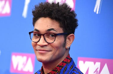 "Bryce Vine Says New Song ""Problem"" Is About What The World Is Going Through"