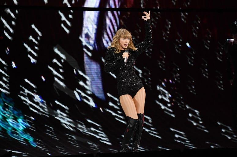 Recording artist Taylor Swift performs at the Hard Rock Stadium