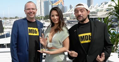 SAN DIEGO, CA - JULY 19: Actor Olivia Munn receives the IMDb 'Fan Favorite' STARmeter Award on the #IMDboat at San Diego Comic-Con 2018 at