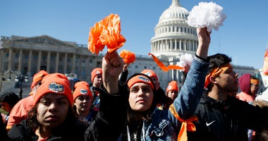 (180305) -- WASHINGTON Mar. 5, 2018 (Xinhua) --Deferred Action for Childhood Arrivals (DACA) recipients and other young immigrants with supporters demonstrate at the Capitol in Washington D.C., United States on Mar 5, 2018. (Xinhua/Ting Shen) (Photo by Xi