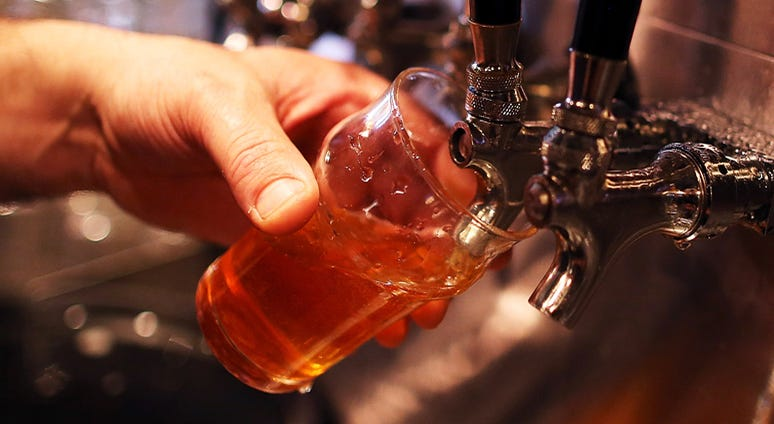 'Pliny the Younger' being poured at Russian River Brewing Company