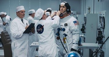 Ryan Gosling in 'First Man' (Photo credit: Daniel McFadden - © 2018 Universal Studios)
