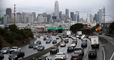 SAN FRANCISCO, CALIFORNIA - NOVEMBER 27: Traffic moves along U.S. Highway 101 towards downtown San Francisco on November 27, 2019 in San Francisco, California.