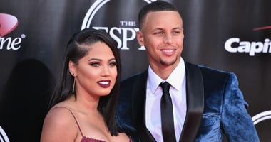 NBA player Stephen Curry (R) and Ayesha Curry attend the 2016 ESPYS at Microsoft Theater on July 13, 2016 in Los Angeles, California.