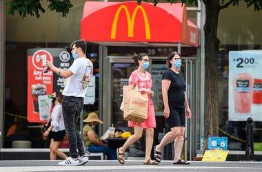 McDonalds customers wearing masks
