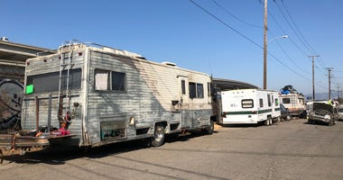 City Officials in West Oakland Clear Encampment To Make Room For RV Park