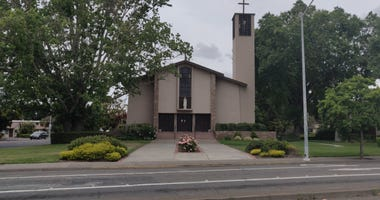 St. Eugene's in Santa Rosa, holds church service against county orders during coronavirus pandemic