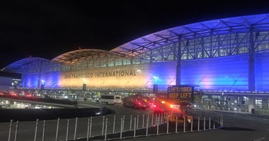 SFO International Terminal in Warriors colors
