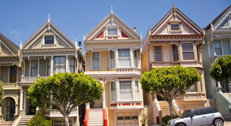 Rents continued to rise in San Francisco, despite a Zillow report saying they held steady across the country.