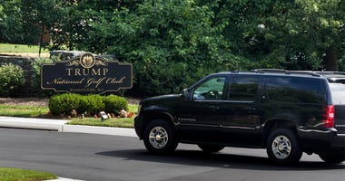 US President Donald J. Trump's motorcade arrives at the Trump National Golf Club in Sterling, Virginia, USA, June 25, 2017. President Trump hit the links on average more than once per week in his first 100 days in office