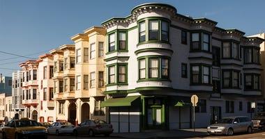 San Francisco Houses, Neighborhood