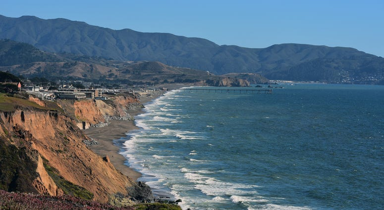 The view into Pacifica California from PCH