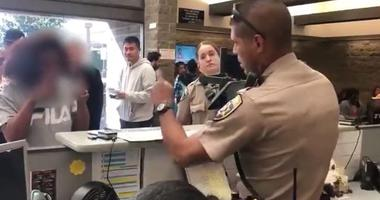 Video of Officer Helping Deaf Woman at DMV Will Melt Your Heart