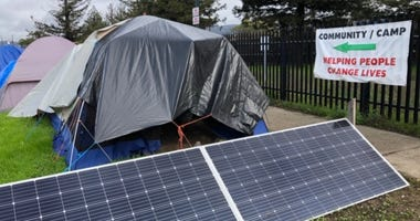 """Solar panels power """"Here There"""" homeless community in Berkeley"""