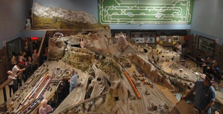 The Holiday Model Train Show Open House in Walnut Creek