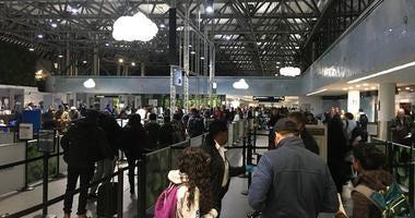 Security lines at Oakland International Airport November 27, 2019