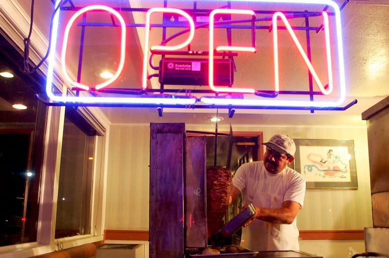 la, local restaurants