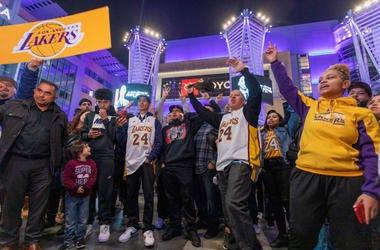 Fans Gather for Kobe Bryant Memorial