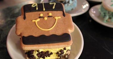Cam Heyward Honorary Smiley Cookie Ice Cream Sandwich