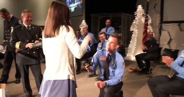 Firefighter Proposes to Girlfriend During his Graduation