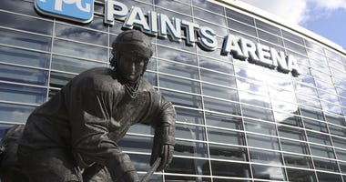 General exterior view of the Mario Lemieux statue outside the PPG PAINTS Arena