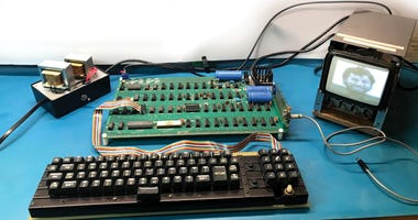 Why This Vintage Apple-1 Computer Could Sell For More Than $300,000