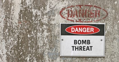 Bomb Threat Sign