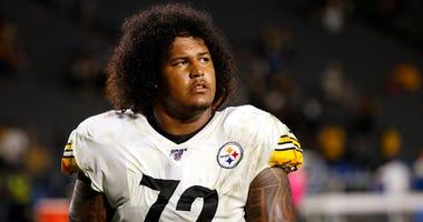 Steelers Offensive Lineman Zach Banner