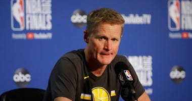 Golden State Warriors head coach Steve Kerr