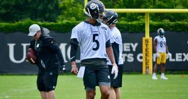 Steelers QB Josh Dobbs at OTA in 2019