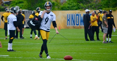 Steelers kicker Chris Boswell at OTA in 2019