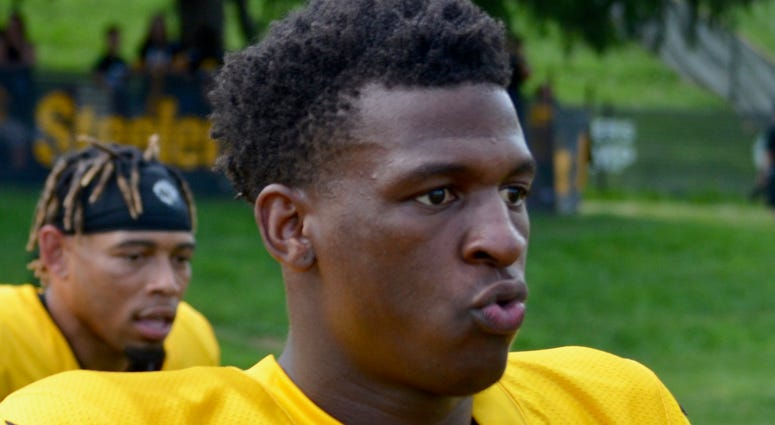Steelers CB Mike Hilton at training camp in 2019