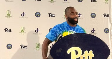 Darrelle Revis at his Hunger & Health (H2) Fun Fest event in July 2010